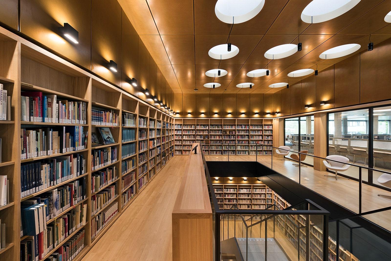 EUR Universiteitsbibliotheek 4