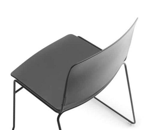 Sellex mass stacking chair 15