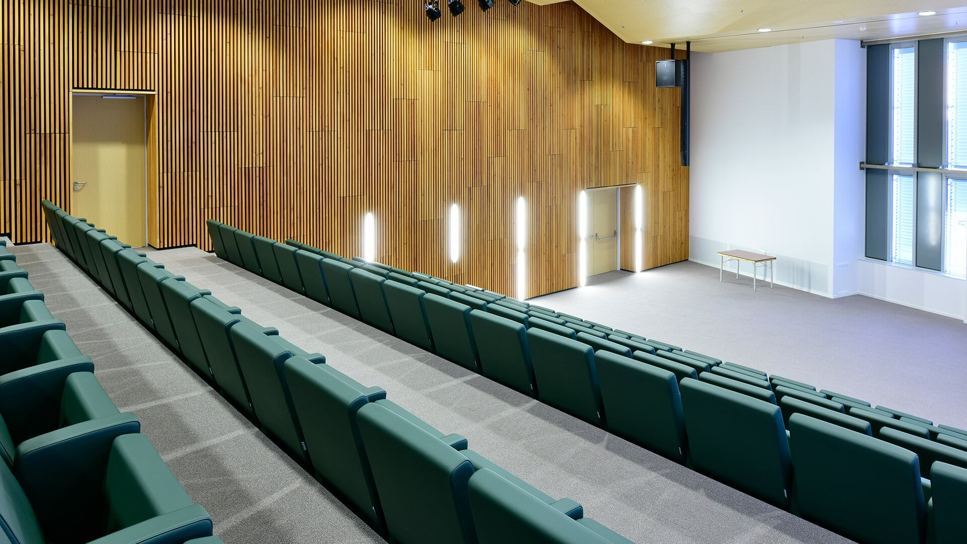 Medisch Spectrum Twente M100 armchairs by LAMM 3