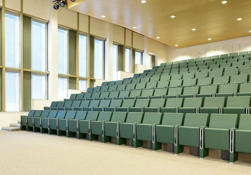 Medisch-Spectrum-Twente-M100-armchairs-by-LAMM